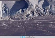 Antarctica Iceberg threatens to break the size of New York City