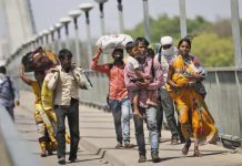 Lockdown in Delhi: Migrant laborers forced to flee again