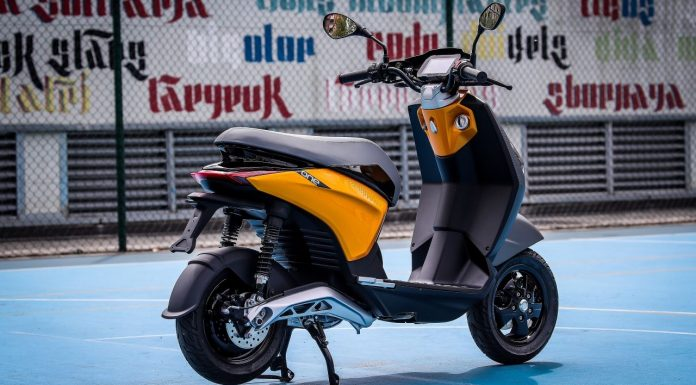 """""""Piaggio One"""" electric scooter coming to compete with Bajaj Chetak"""
