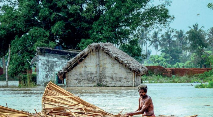 Kushinagar boat rescue: 150 lives flowing in the river overflowing due to floods