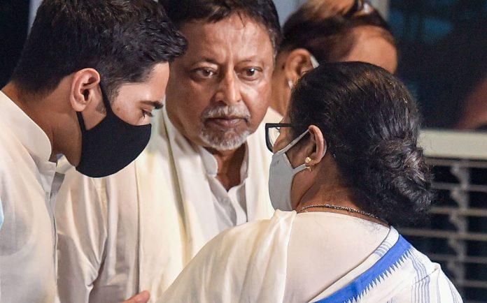 Bengal split in BJP after Mukul Roy joined TMC? 51 MLAs out of 77 to Raj Bhavan