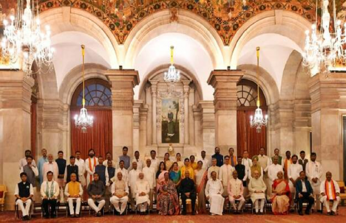 Power of Women Power in PM Modi's new cabinet,11 women ministers get seats