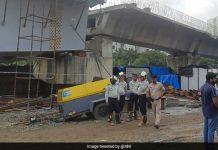 Mumbai Flyover Accident: An under construction bridge collapses in Mumbai's Bandra