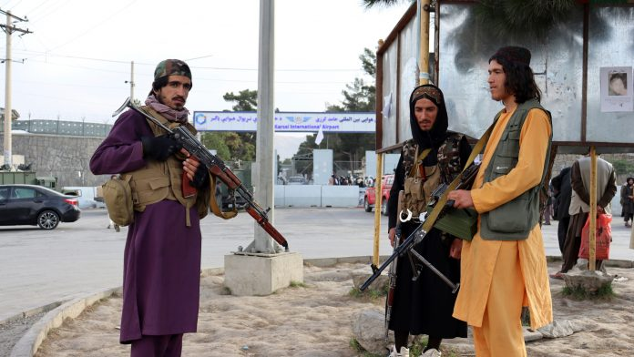 Fear of Taliban: Forced marriage of women outside Kabul airport